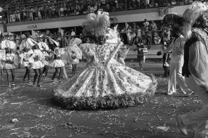 Desfile do Grêmio Recreativo Escola de Samba Unidos de São Carlos