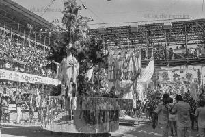 Desfile do Grêmio Recreativo Escola de Samba Mocidade Independente de Padre Miguel