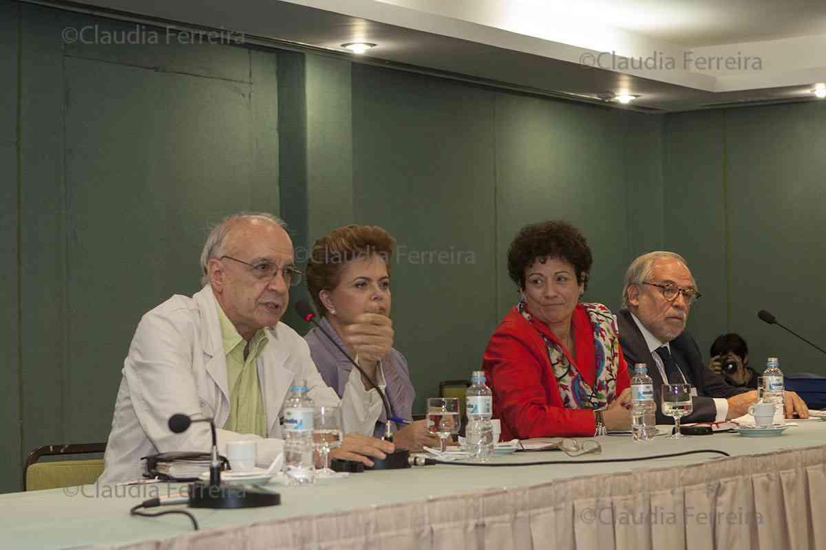 CAMPANHA PRESIDENCIAL - ENCONTRO DE  DILMA ROUSSEFF COM INTELECTUAIS