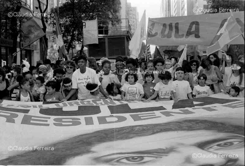 Campanha do Movimento Negro em apoio ao candidato à presidência Lula