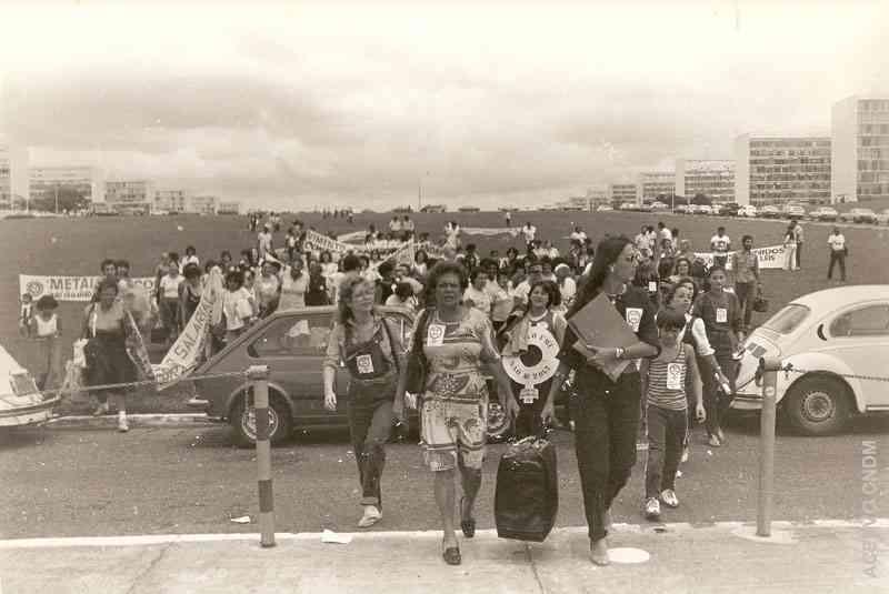 Manifestação no Congresso Nacional - Mulheres contra o arrocho salarial